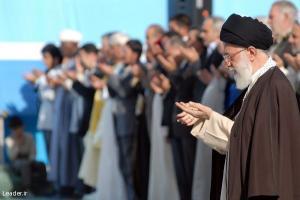 نماز با شکوه عید فطر و بیانات مهم مقام معظم رهبری در خصوص توافقات هسته ای و سیاستهای خارجی