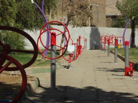 تجهیر بوستان بانوان شهر پلدختر در محل پارک جانبازان ، برای افتتاح در هفته دولت