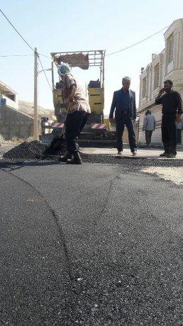 ترمیم و آسفالت کوچه های اطلس منطقه کوی بسیجیان پلدختر
