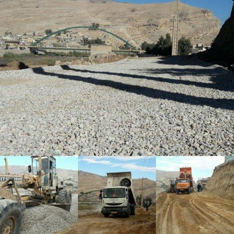 راه شکافی و زیرسازی خیابان ارتباط دهنده خیابان ولیعصر و امدادگران توسط شهرداری پلدختر